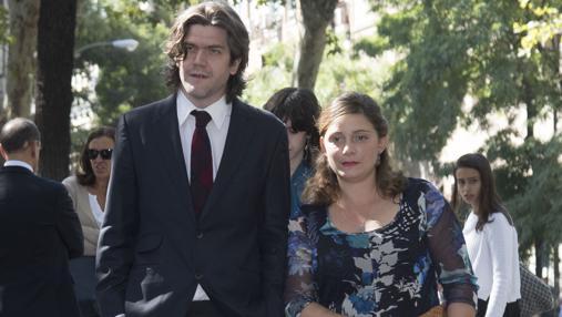 Jacobo Fitz-James Stuart y su esposa, Asela Pérez Becerril