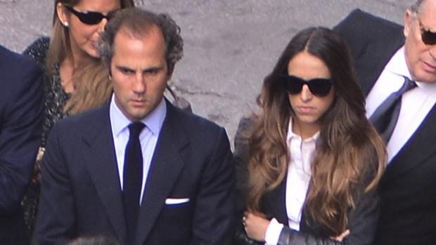 Luis Martínez de Irujo y Adriana Marín Huarte en Sevilla