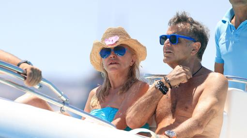 Segura con Carmen Thyssen en Ibiza en 2014