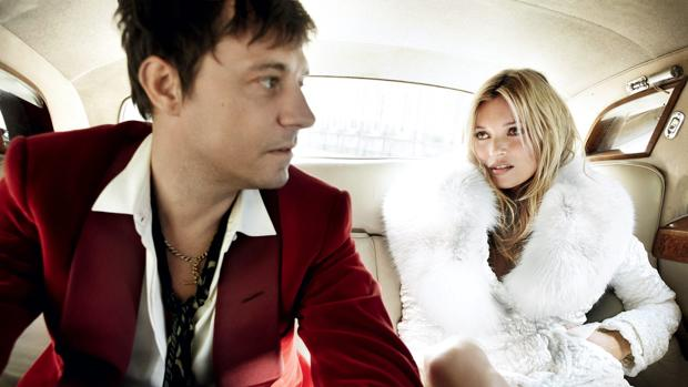 Kate Moss junto a su exmarido Jamie Hince