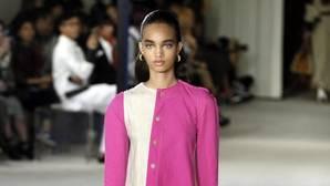 Los accesorios de Loewe y el estreno de Chiuri en Dior
