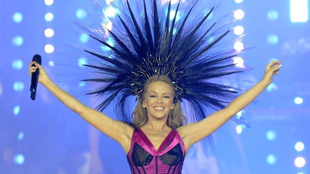 Kylie Minogue durante un concierto