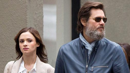 Jim Carrey junto a su ex pareja Cathriona White