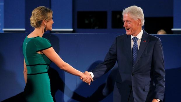 Bill Clinton y Ivanka Trump