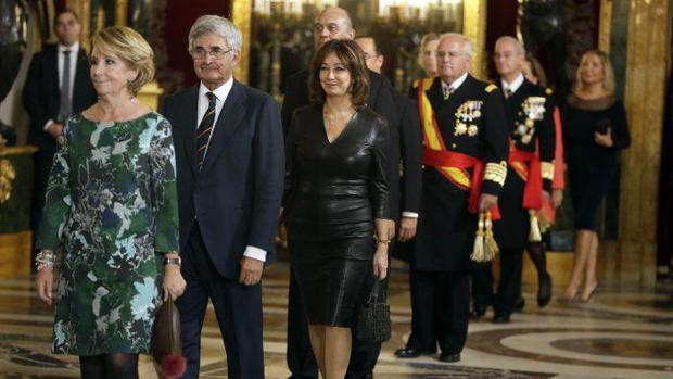 Esperanza Aguirre y la periodista Ana Rosa Quintana