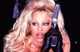 Pamela Anderson habla sobre su vida sexual: «Me han abofeteado y hasta me han escupido a la cara»