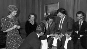 Alfredo Fraile: «Julio Iglesias fue incapaz de llamar a su hijo Enrique para pedirle perdón»