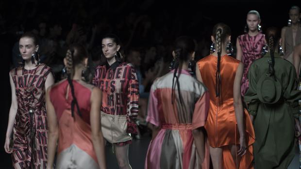 Desfile del diseñador Juan Vidal en la
