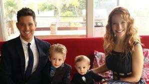 Michael Bublé no volverá a cantar hasta que su hijo se recupere
