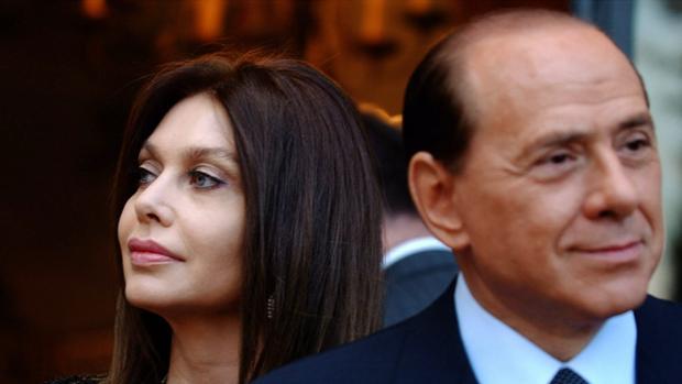 Silvio Berlusconi junto a su exmujer Veronica Lario
