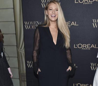 Blake Lively feliz tras su segundo embarazo