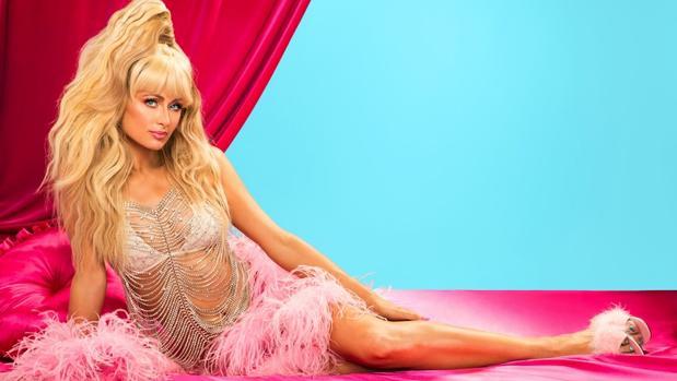 Paris Hilton durante una sesión fotográfica