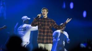 Andreíta defiende a su querido Justin Bieber por el puñetazo que dio a un fan