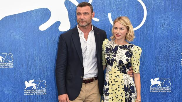 Naomi Watts habla por primera vez de su divorcio con Liev Schreiber