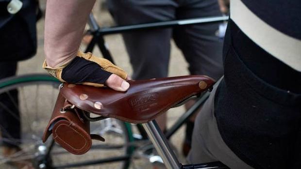 Cinco artículos de alta gama para el ciclista urbano