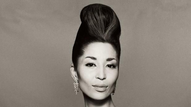 El fotógrado Richard Avedon la retrató en los años 50