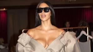 Detienen a 17 personas en París por el robo de joyas a Kim Kardashian