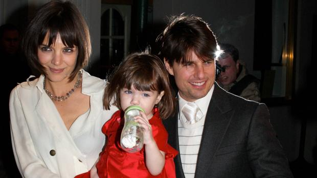 Suri Cruise junto a sus padres, Katue Homes y Tom Cruise