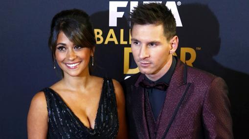 El Balón de Oro, una de las pocas ocasiones en las que Roccuzzo posa junto a Messi