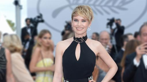 La elegancia de Osvart se destacó en Cannes