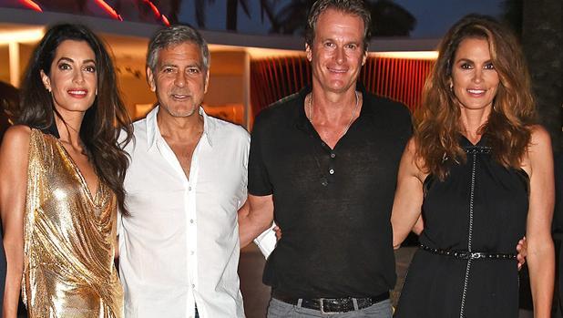 Socios y amigos: Clooney con Amal, Gerber y su mujer, Cindy Crawford