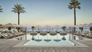 A cuerpo de rey en el nuevo hotel de Robert de Niro en Ibiza