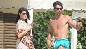 Gianluigi Buffon e Ilaria D'Amico en la Isla de Giglio