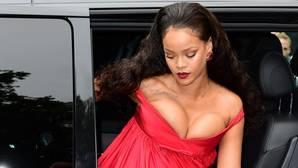 Rihanna se ríe y responde a todos los que la llaman gorda