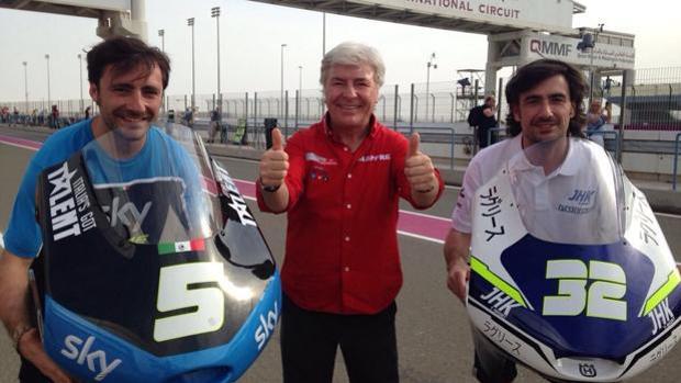 Pablo Nieto (izq.) junto a su padre y su hermano Gelete