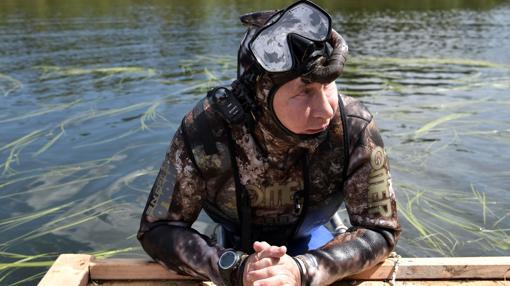 Vladimir Putin, tras practicar pesca submarina