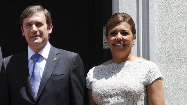 Passos Coelho junto a su mujer Laura Ferreira en el año 2012