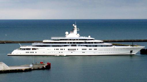«Eclipse», el famoso yate de 168 metros de eslora que construyó el magnate ruso Abramovich en los astilleros de Hamburgo