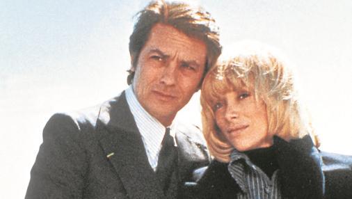 La actriz con Alain Delon