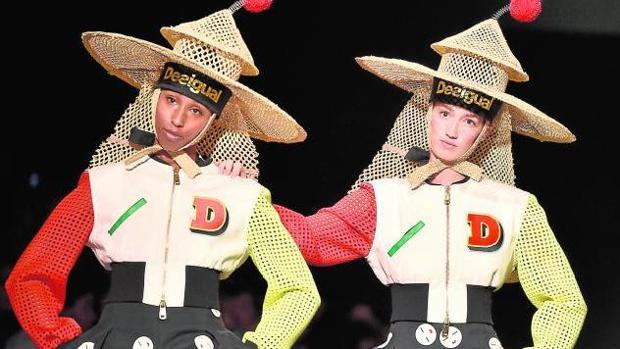 Los sombreros de inspiración birmana coparon la pasarela