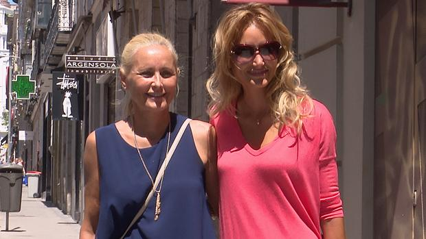 Alba Carrillo y Lucía Pariente por Madrid (imagen de archivo
