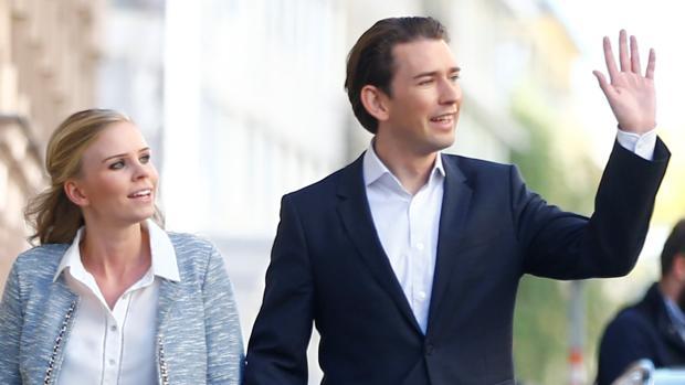 Susanne Thier junto a Sebastian Kurz