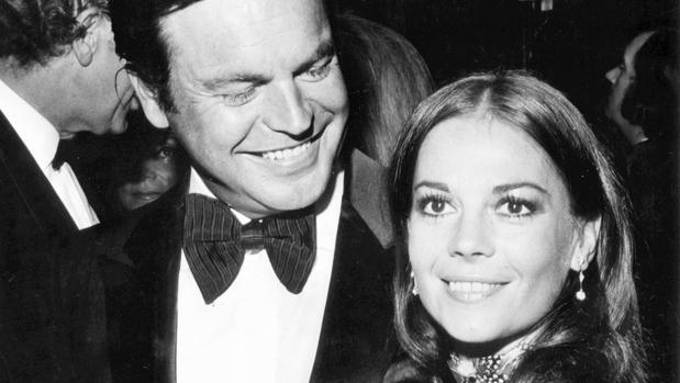 Natalie Wood junto a su marido, Robert Wagner
