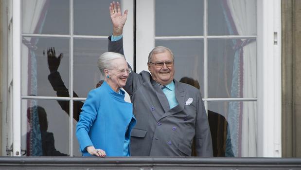 La Reina Margarita de Dinamarca y su esposo, el príncipe Enrique