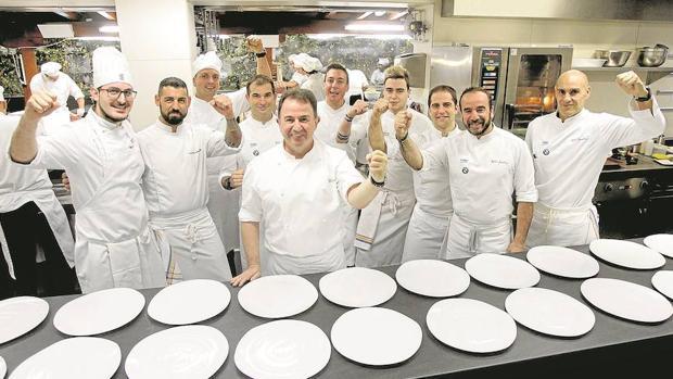 Cantera de estrellas: De su mano han aprendido chefs como Andoni Luis Aduriz, Diego Guerrero, Rodrigo de la Calle, Dani García, Eneko Atxa o el televisivo Pepe Rodríguez