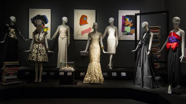 Una de las secciones de la exposición «Una crónica de moda. Colección Naty Abascal»