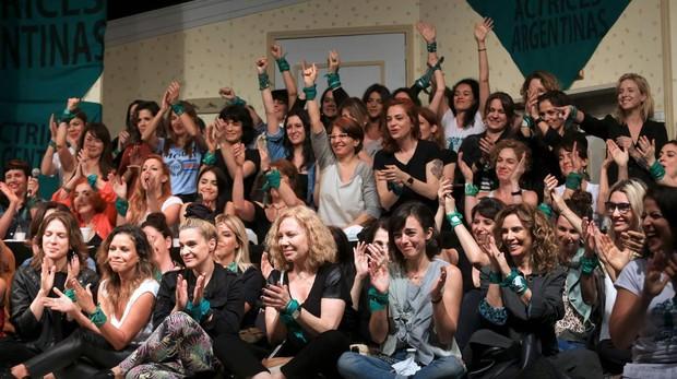El «#MeToo» argentino se levanta contra el rey de la telenovela