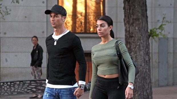 Cristiano Ronaldo y Georgina Rodríguez (imagen de archivo)