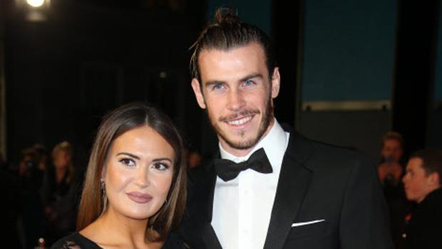 Gareth Bale junto a su mujer, Emma Rhys-Jones