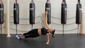 Recupera la figura tras las vacaciones: brazos como rocas con cuatro minutos de ejercicio