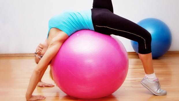 Cinco ejercicios esenciales para recuperar la forma después del verano