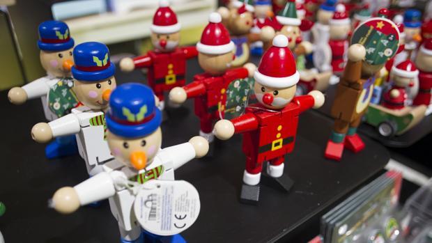 Por qué habría que volver (sí o sí) a los juegos tradicionales esta Navidad