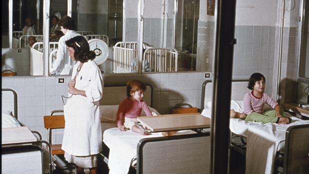 «En los años 70-80 los padres eran más tranquilos y acudían al pediatra con menos frecuencia»
