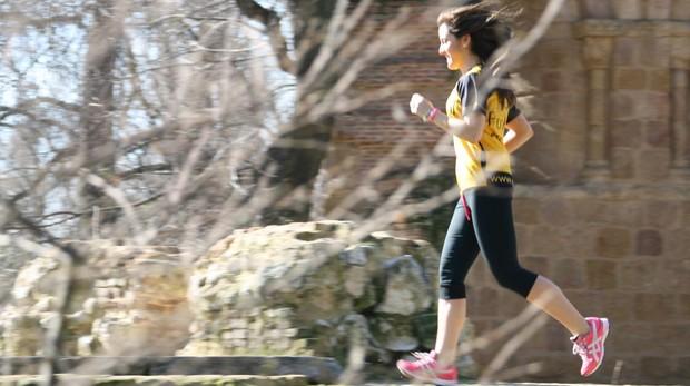 El ejercicio cardiovascular contribuye a la salud mental y a mejorar el estado de ánimo.