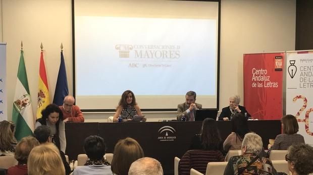 Momento del debate celebrado en Málaga