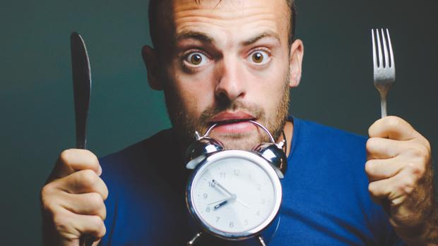 Comer despacio mejora la digestión y ayuda a saciarte antes
